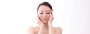 敏感肌の化粧水のつけ方